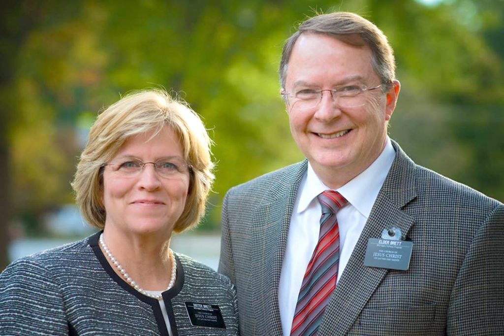 Elder and Sister Brett served as missionaries at the Pathway home office.